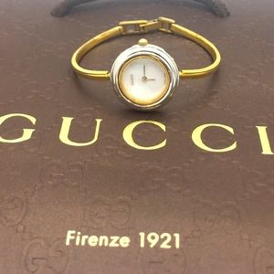 25afb3b45b7 Women s Gucci Interchangeable Bezel Watch on Poshmark